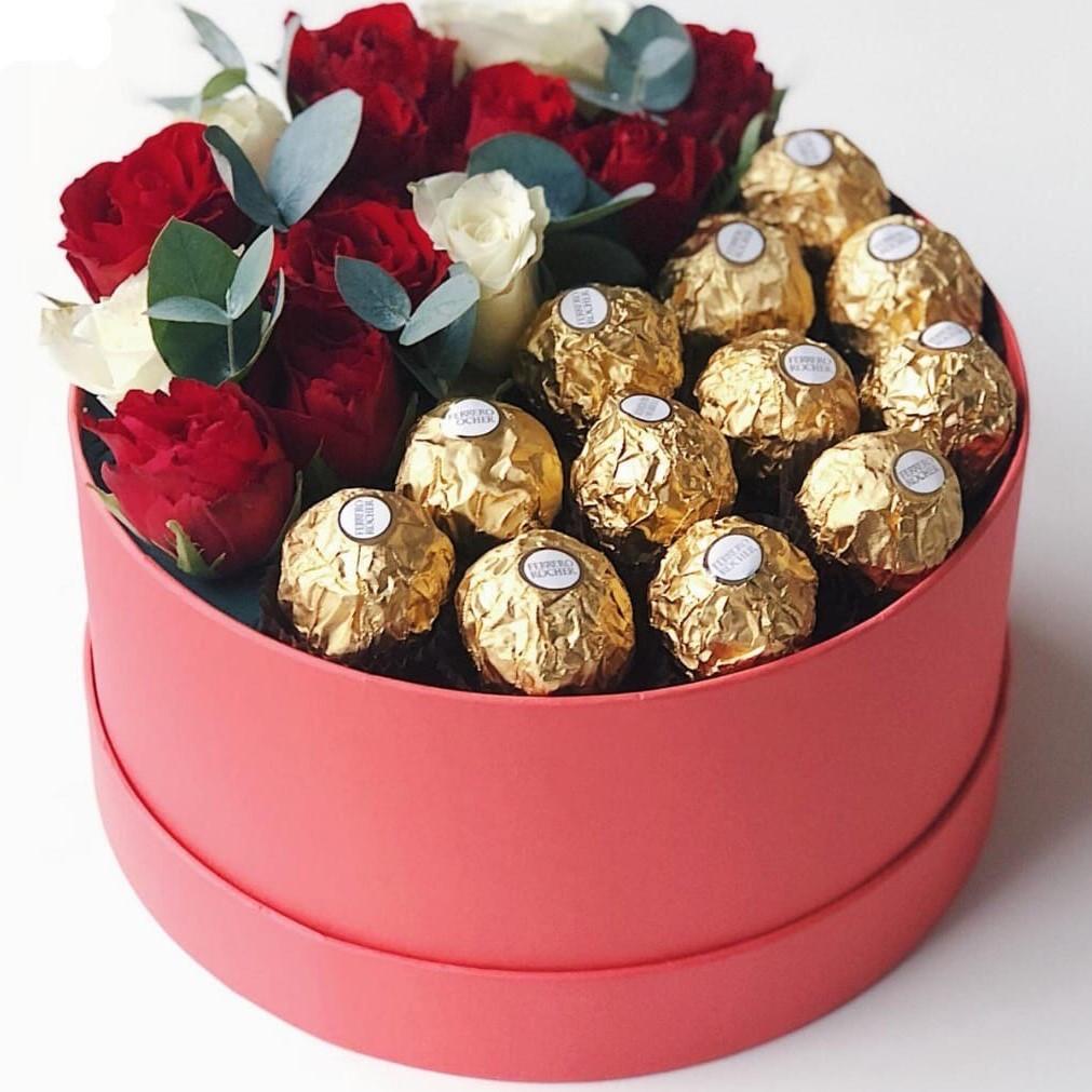картинки с шоколадными конфетами и цветами установка